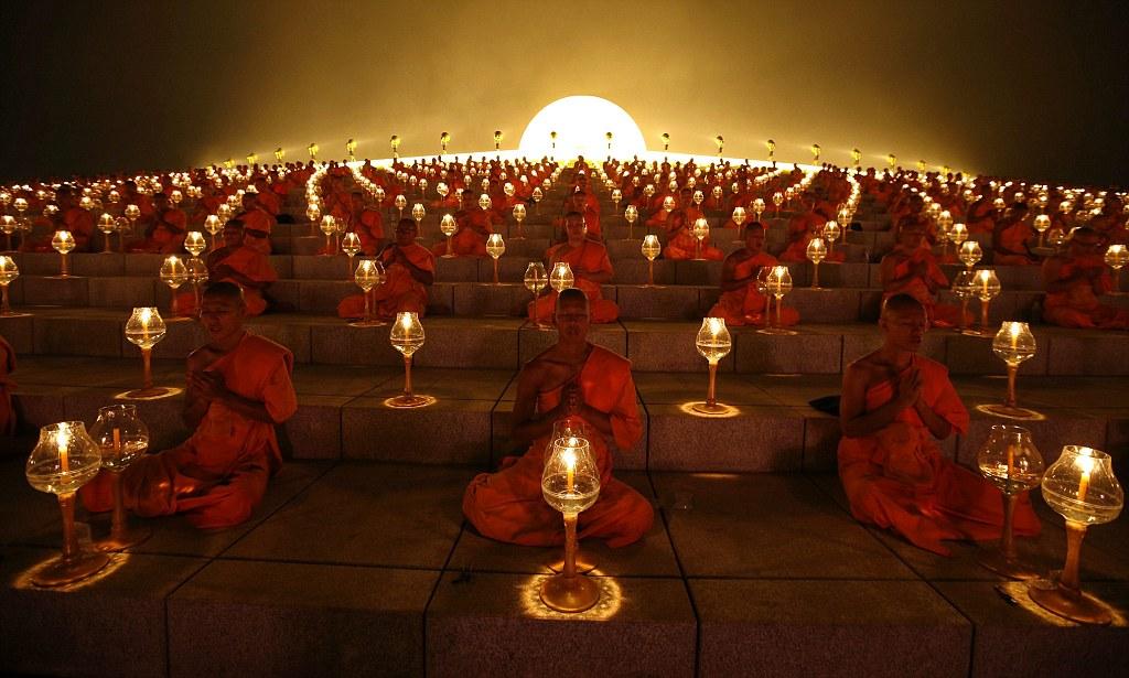 10000 Monks
