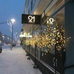 Cafe & Bar 21